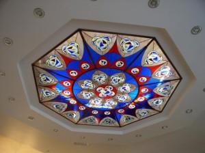 потолок из стекла