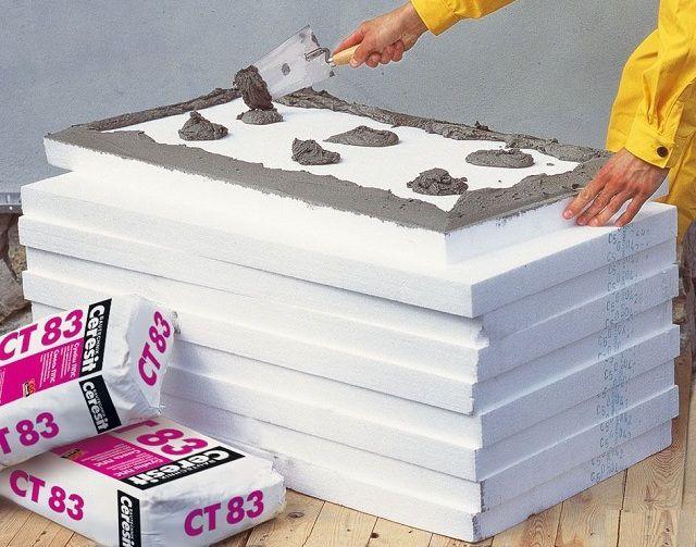 Нанесение цементного клея